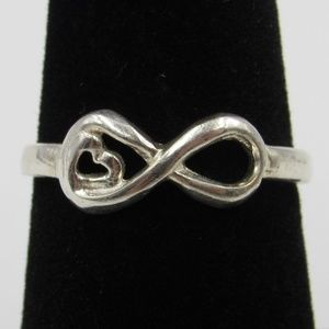 Vintage Size 7 Sterling Rustic Infinity Heart Ring